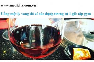 Uống một ly vang đỏ có tác dụng tương tự 1 giờ tập gym